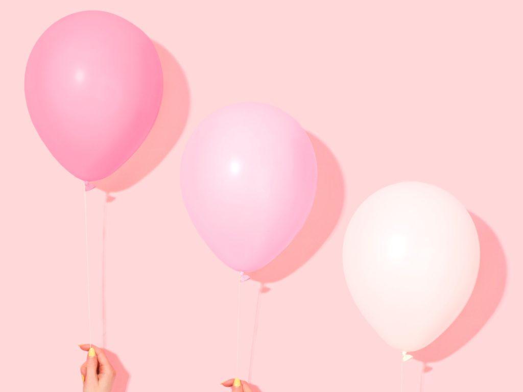 ピンクのグラデーションな風船かわいい